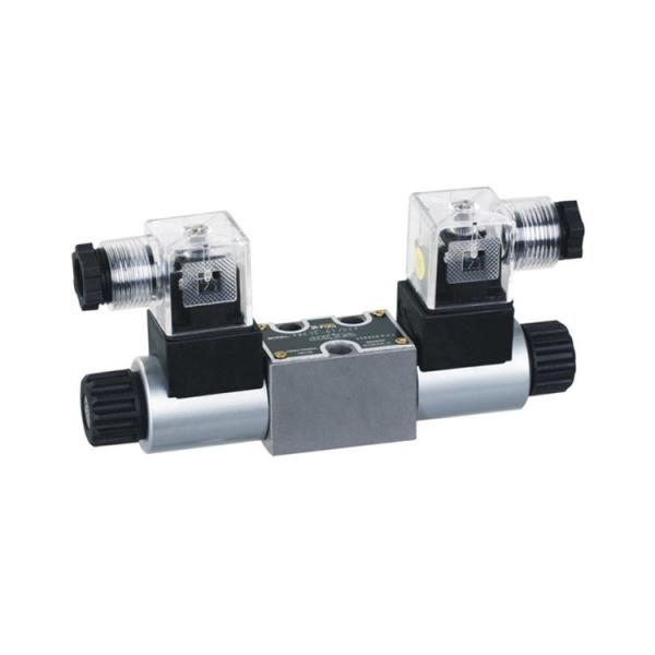 Rexroth 4WE10A3X/OFCG24N9K4 Solenoid directional valve #1 image
