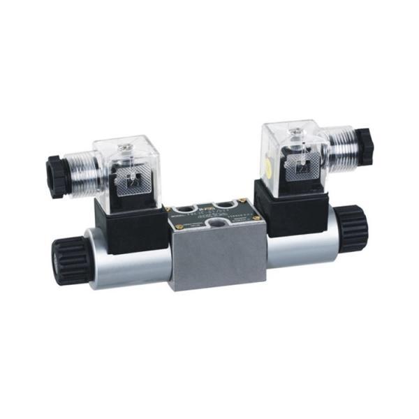 Rexroth 4WE10M3X/CG24N9K4 Solenoid directional valve #2 image